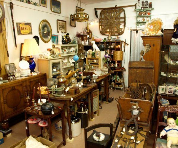 Enlighten Home With Brass Handicrafts